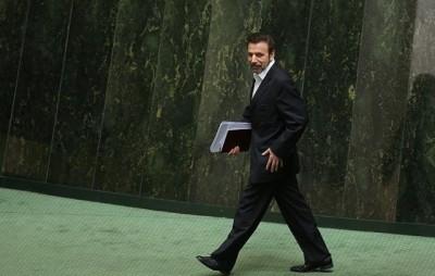 محمود واعظی وزیر ارتباطات و فن آوری می گوید مجلس مخالف افزایش  .پنهای باند اینترنت در کشور است. عکس از ICHRI، و استفاده با اجازه.